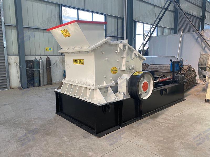 日产300方用什么制砂机?时产60吨立轴制砂机无压力